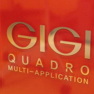 Amikor 50 perc alatt enyhülnek a ráncok:  Gigi Quadro Time Machine