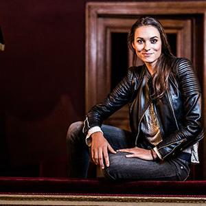 Kálnay Zsófi, aki egy hercegnőbe bújtatott operaénekesnő