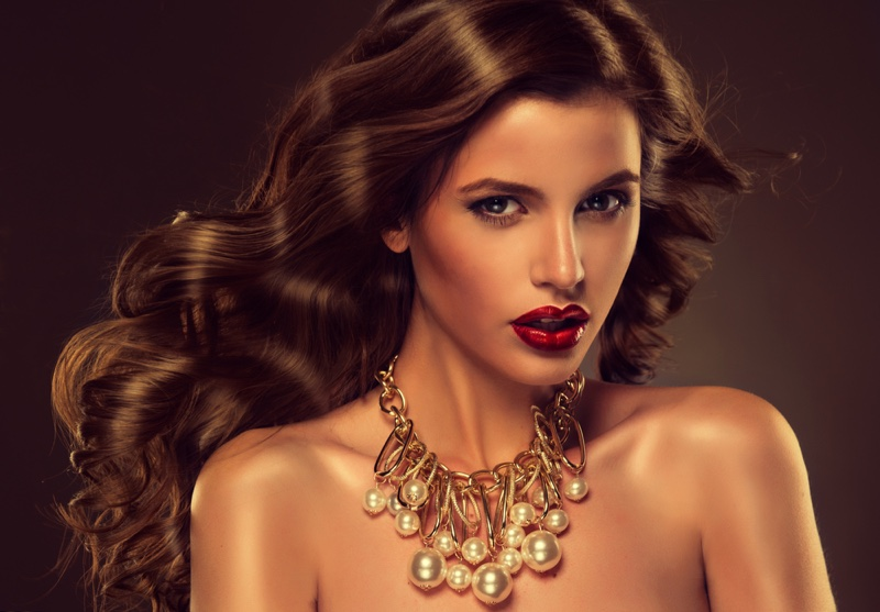 brunette-model-collar-necklace-long-hair-red-lipstick.jpg