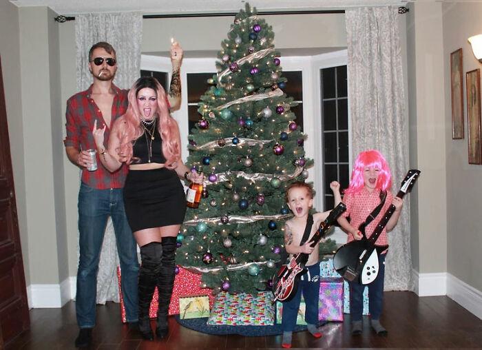 A nóta nem kérdés: Rocking Around the Christmas Tree