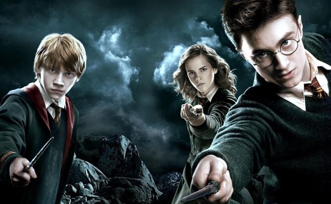 harry-potter-wizarding-world-weekly.jpg