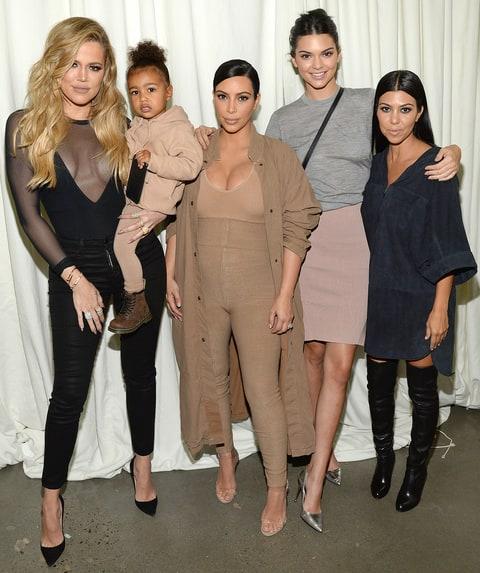 Ki kim kardashian most 2012-ben?