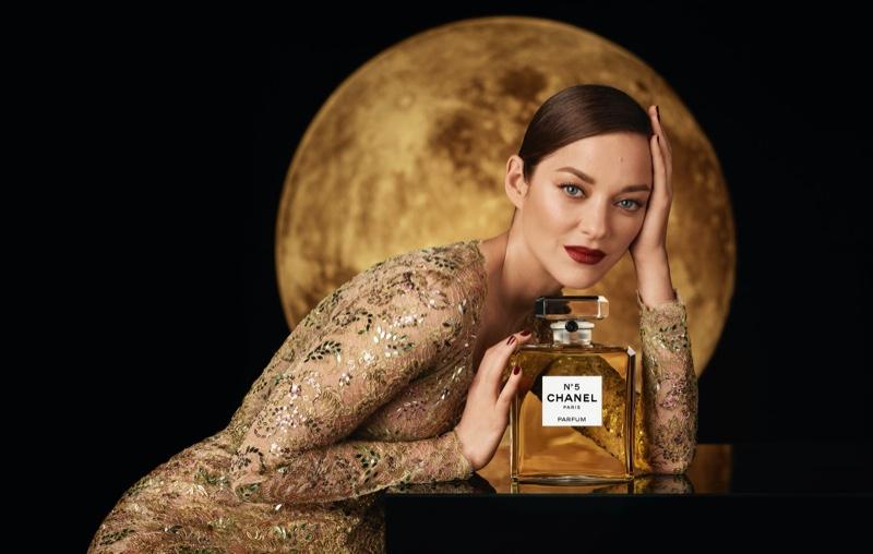 marion-cotillard-chanel-no-5-fragrance-campaign02.jpg