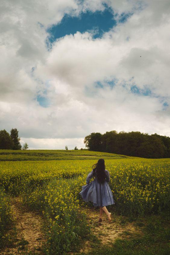 meadow_girl.jpg