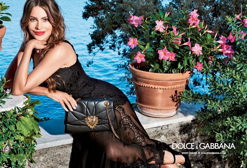 sofia-vergara-dolce-gabbana-handbag-campaign01.jpg