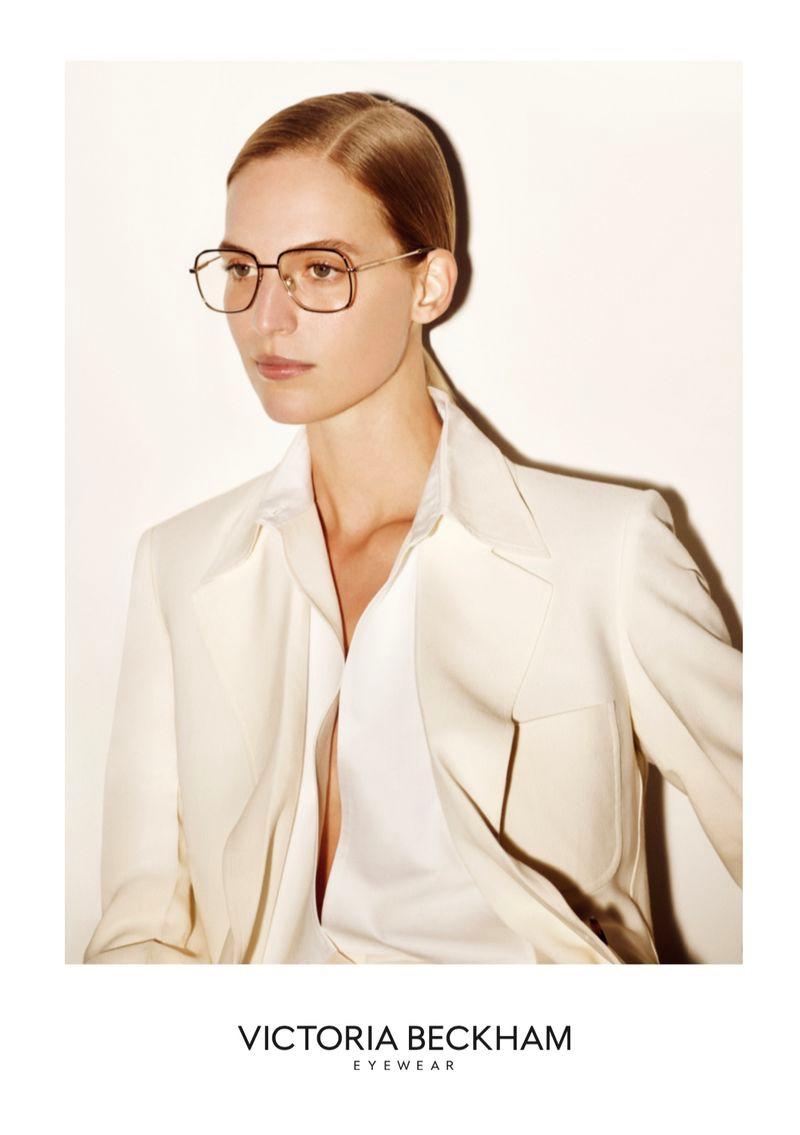 victoria-beckham-eyewear-spring-summer-2020-campaign02.jpg
