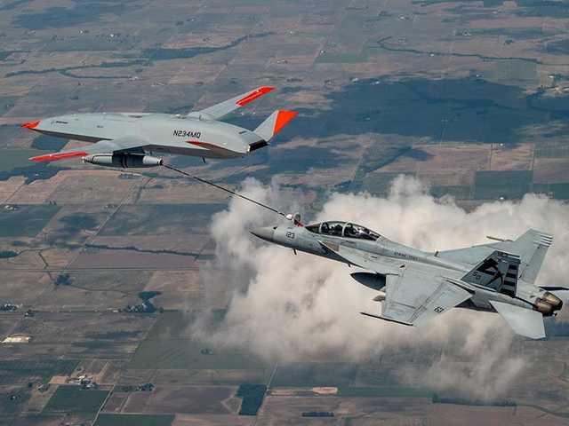 Üzemanyagot adott át egy pilóta nélküli repülőgép