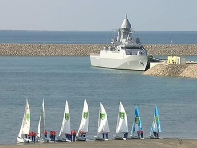 Türkmenisztán átvette új hadihajóját