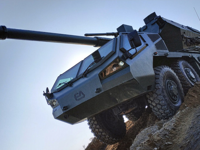 Cseh DANA M2 önjáró tarack próbái Ukrajnában