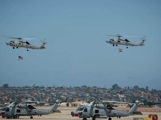 India átvette első két MH-60R Seahawk helikopterét