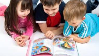 Az olvasás boldogít és csökkenti a stresszt