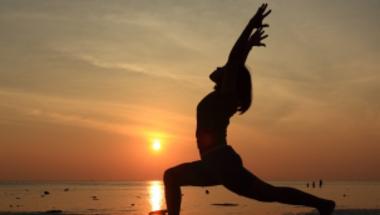 A fiatalság forrása: az öt tibeti jógagyakorlat