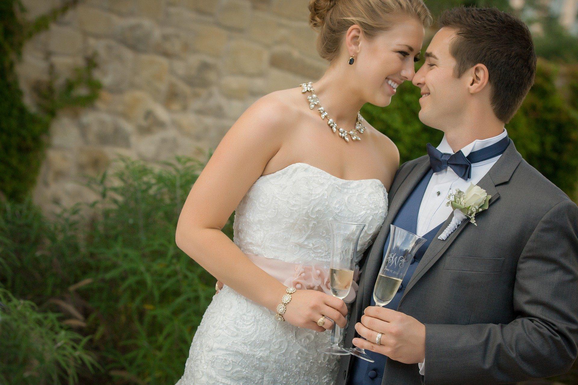 wedding-2824517_1920.jpg