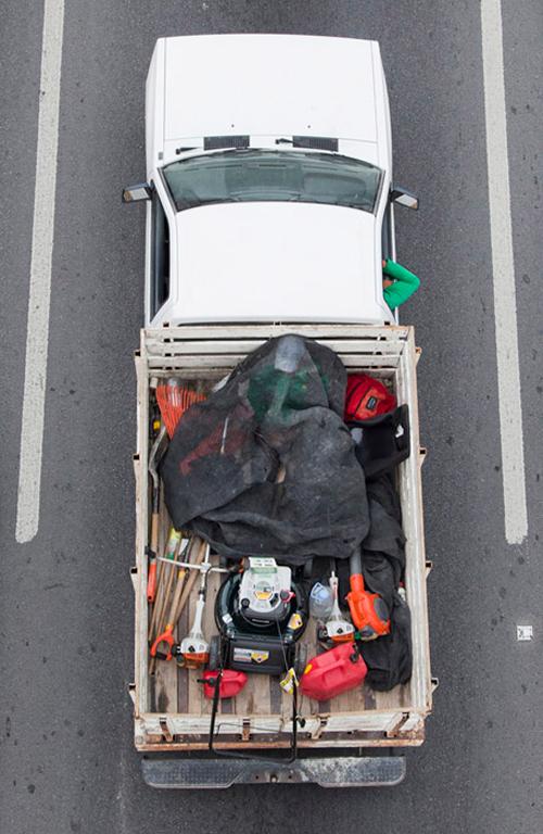 16_alejandro_cartagena_carpoolers.jpg