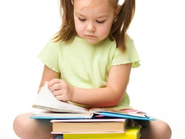 Nevelt gyermekek az iskolában