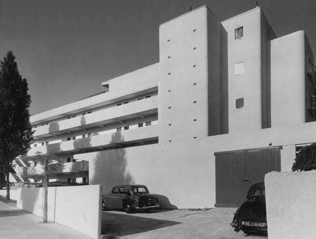 06-isokon-building-lawn-road-flats.jpg