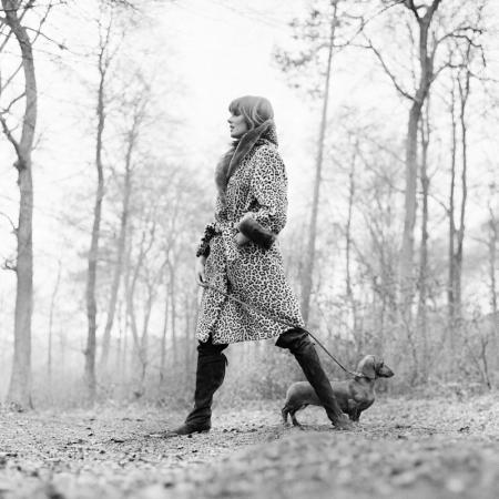 GRACE CODDINGTON WITH DACHSHUND, BUCKINGHAMSHIRE, 18TH MARCH 1964<br />LICHFIELD, PATRICK