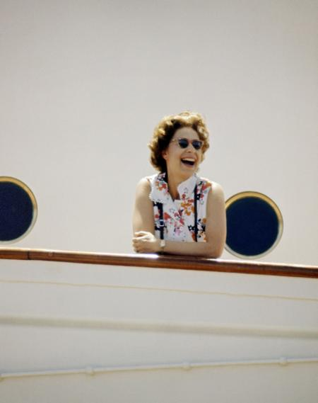 HM-THE-QUEEN-ON-BOARD-HMY-BRITANNIA-THE-EQUATOR-INDIAN-OCEAN-MARCH-1972-2-c26858.jpg