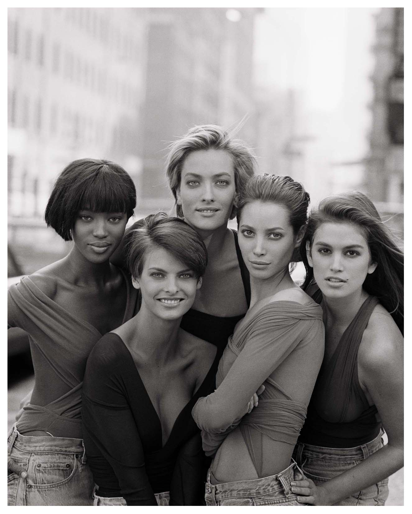 cindy-crawford-christy-turlington-tatjana-patitz-linda-evangelista-naomi-campel-by-peter-lindbergh-1990.jpg