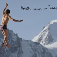Paul Smith alsógatyában az Alpokban