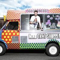 Az új értékesítési trend a mobil butik - Henry Holland designer furgonnal járja Londont