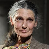 A világ egyik leghíresebb modellje, a 75 éves Benedetta Barzini el akar tűnni