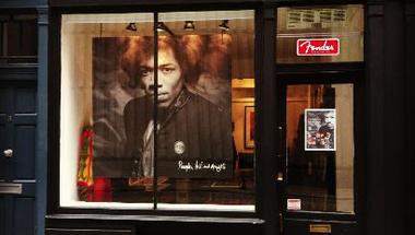 Jimi Hendrix pop-up bolt nyílt Londonban