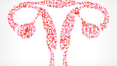 A Facebook nem reklámoz menopauzális nőknek