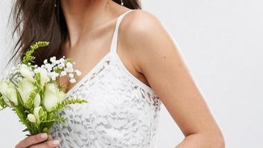 A költséghatékony esküvői ruha