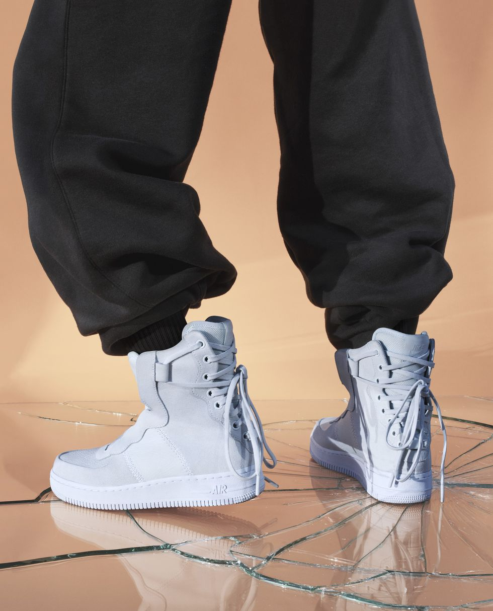 sp18-nwmn-the1reimagined-af1-rebels-product-on-body-1516381020.jpg