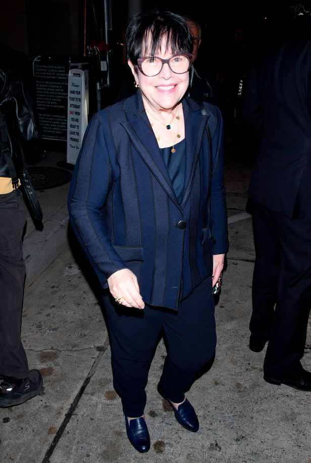 0_pay-kathy-bates-was-seen-leaving-dinner-at-craigs-restaurant-in-west-hollywood-ca.jpg