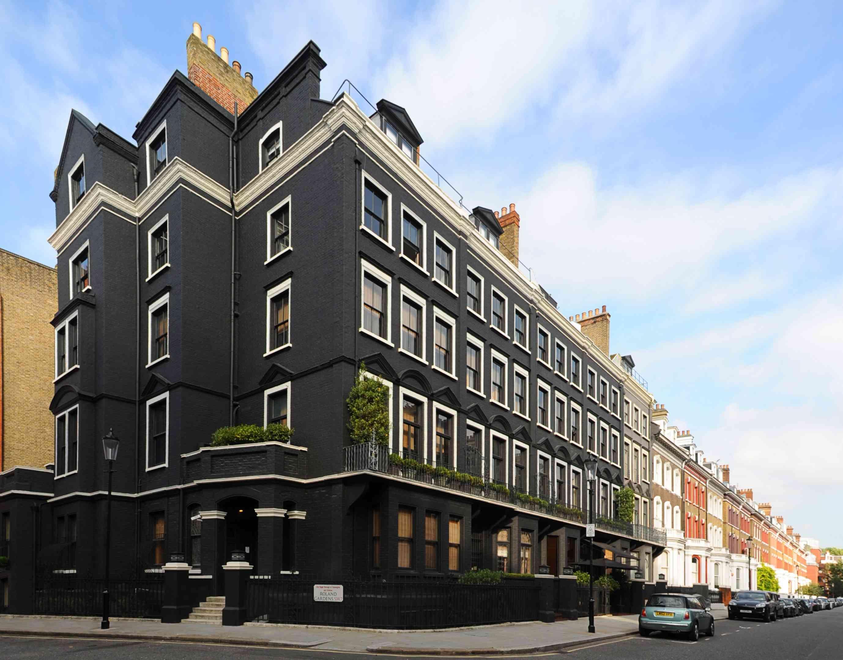 Blakes-Hotel-London.jpg