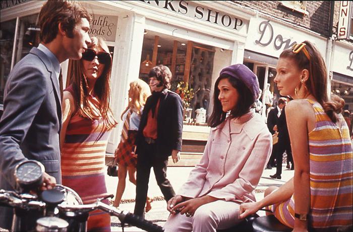 Londons_Carnaby_Street,_1969.jpg