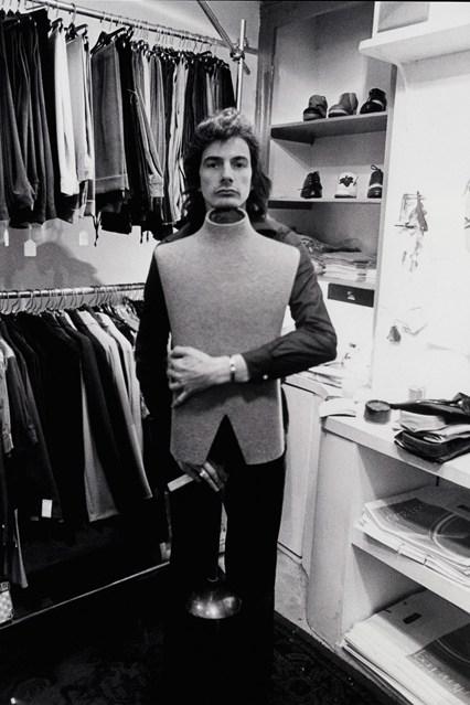 Paul-Smith-exhibition-Vogue-5-10jun13-pr_426x639.jpg
