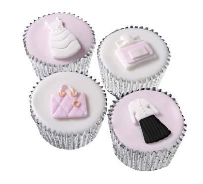 dior cupcake.jpg