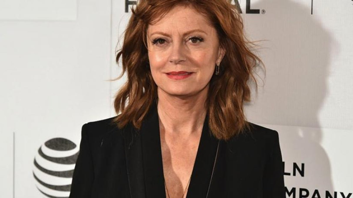 susan-sarandon-vulture-club-youtube-red-movie.jpg