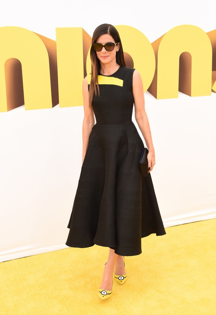 sandra-bullock-roksanda-dress-minions-shoes.jpg