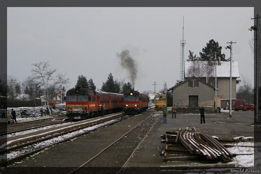 Sáránd vonatkereszt.jpg