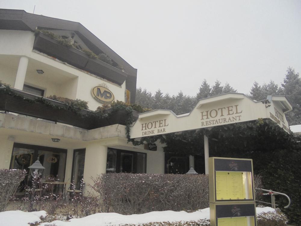 20181221_04_budapest_hotel_molnar.JPG