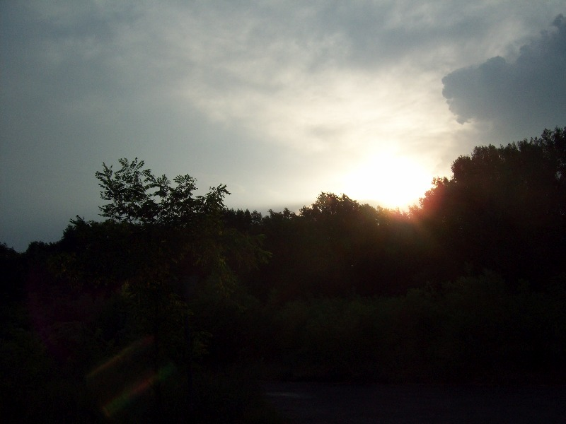 20120725 23 Felhők közül a nap.jpg