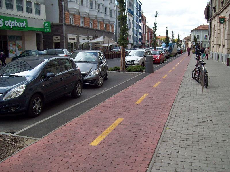 20131003 005 Megszűnt megállók - Hatvan utca.JPG