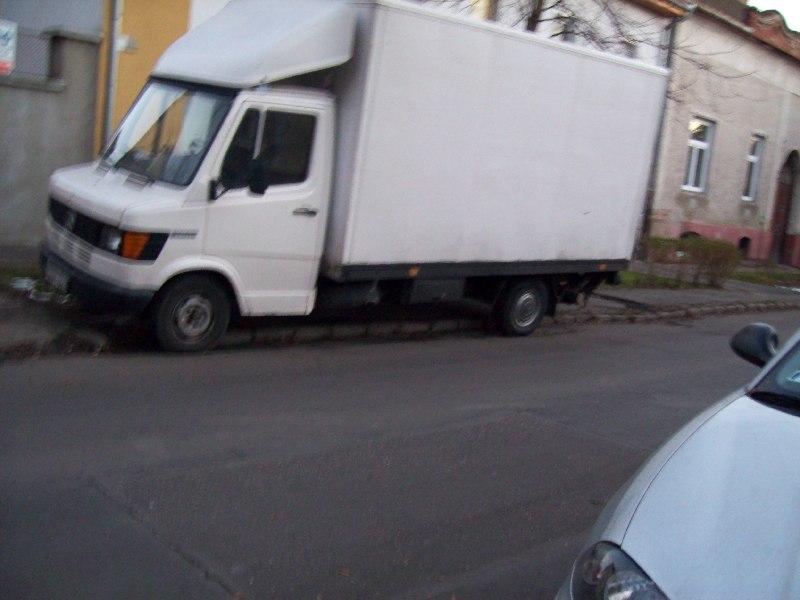 20131003 030 Megszűnt megállók - Attila tér.JPG