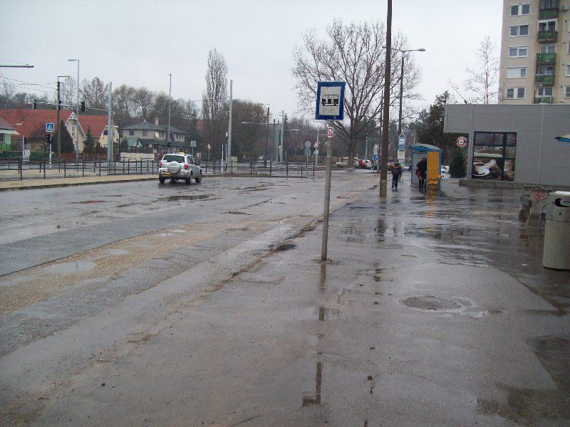 20131003 035 Megszűnt megállók - Doberdó utca.JPG