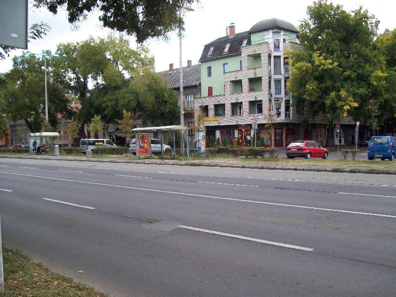 20131003 036 Megszűnt megállók - Kossuth utca.JPG