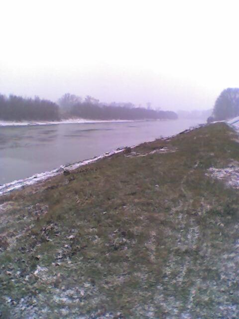 20051227 Szolnok Tisza.jpg
