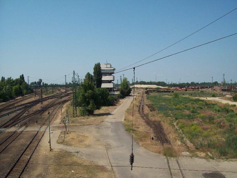20140606 13 Vasúti felüljáró.JPG
