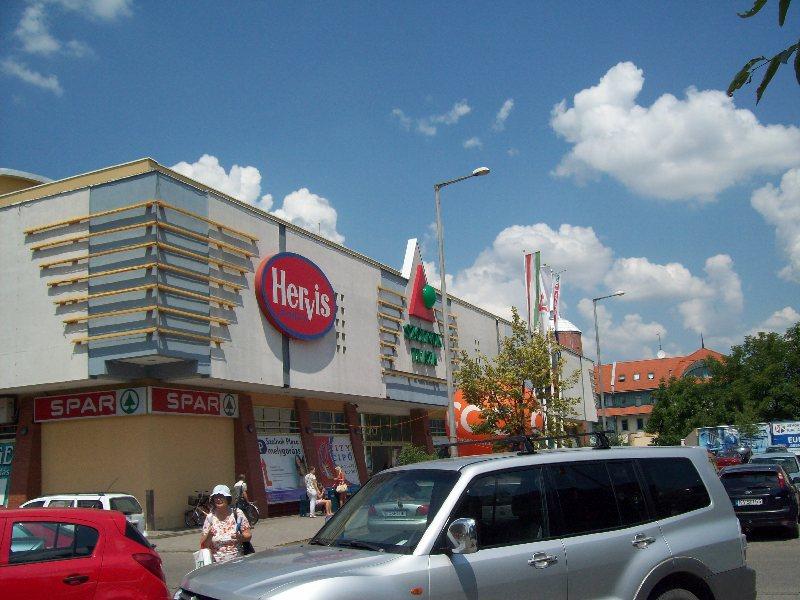 20140606 23 Szolnok Plaza.JPG
