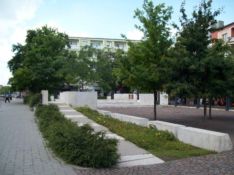 20140606 26 Kossuth tér.JPG
