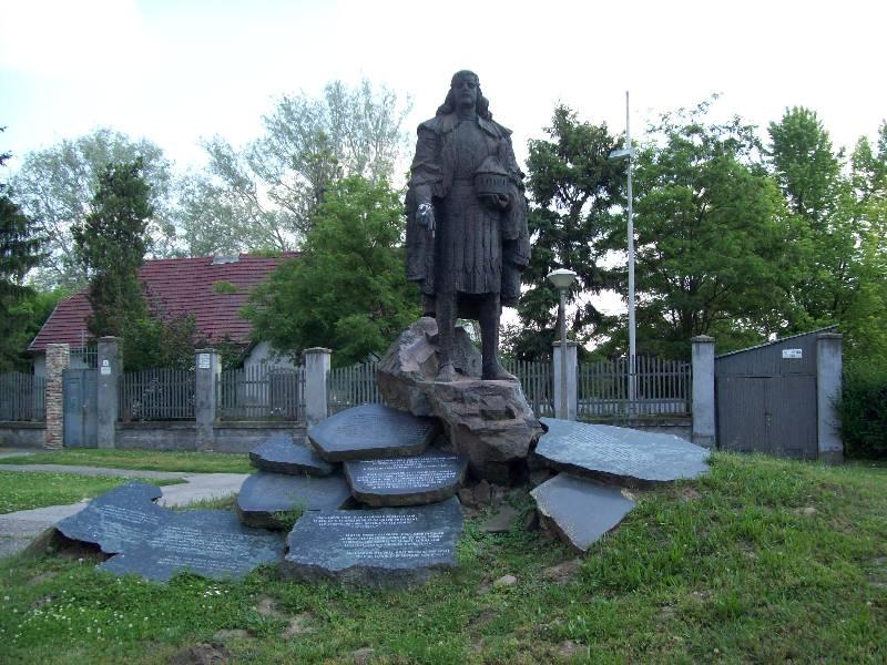 20140606 41 Szent István szobor.JPG