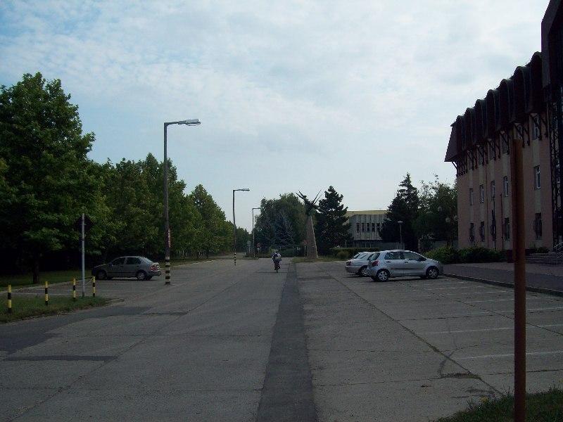 20120727 34 parkolója.jpg